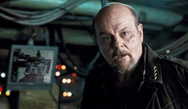 Casting Saison 2 : Michael Ironside sera Lewis Snart, le père de Captain Cold