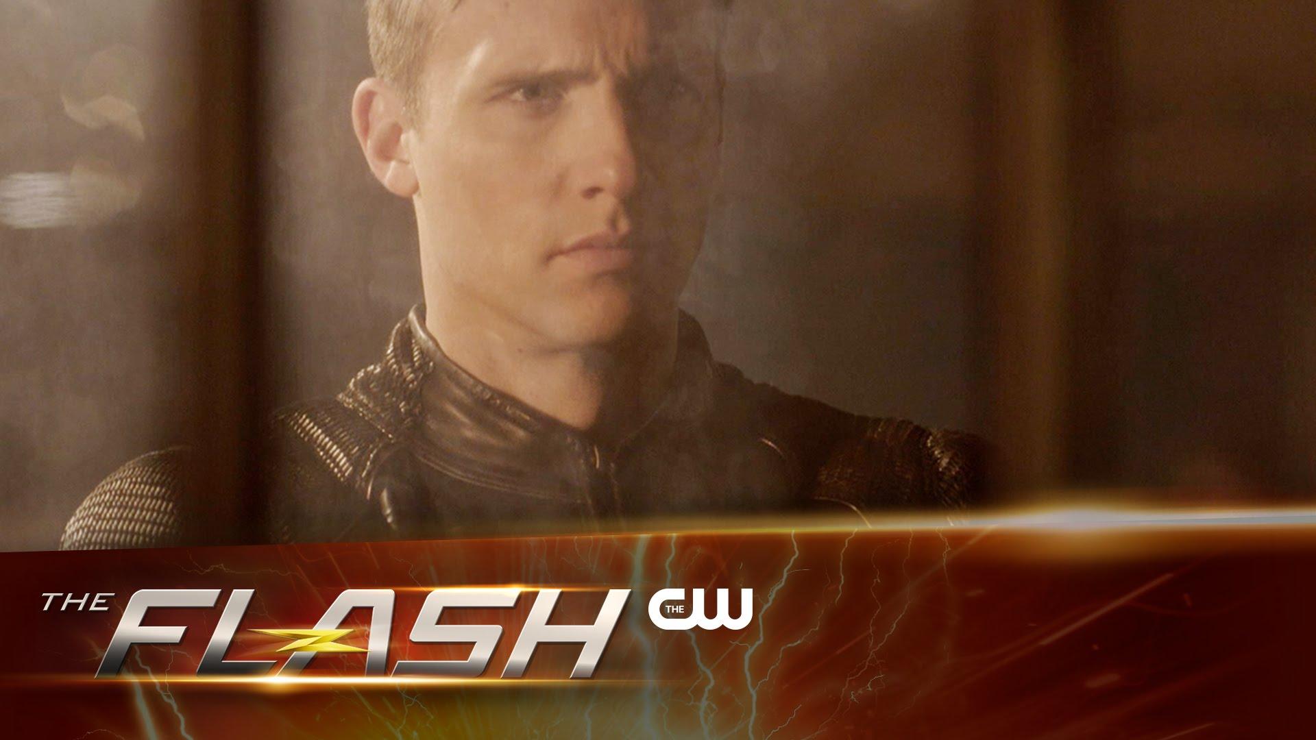 La bande annonce du 2×22 de The Flash – Invincible