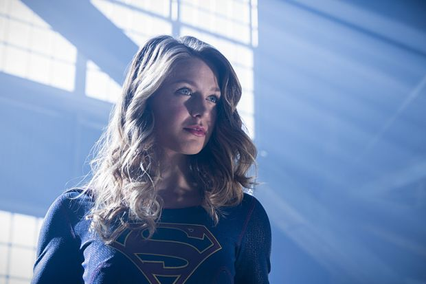 "The Flash -- ""Invasion!"" -- Image FLA308a_0185b.jpg -- Pictured: Melissa Benoist as Kara/Supergirl -- Photo: Michael Courtney/The CW -- © 2016 The CW Network, LLC. All rights reserved."